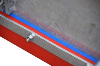 Polyurethane pair closeup